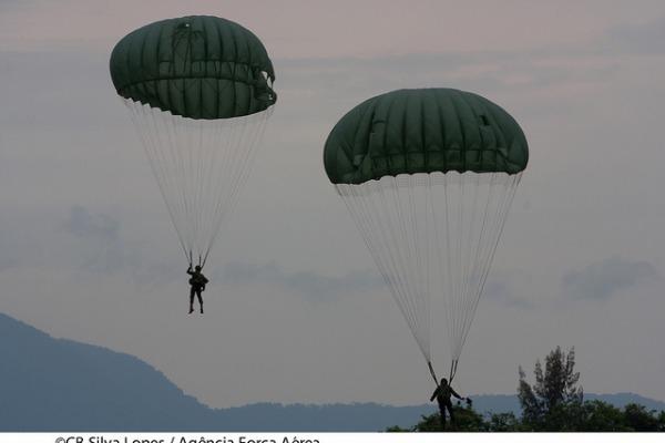 Operação Mandrake, que reúne militares da FAB e do Exército no Rio de Janeiro, será encerrada na sexta-feira (4/11)