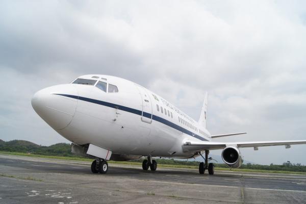 Aeronave Boeing 737 (VC-96), que voou na Força Aérea durante 34 anos, ficará em exposição no RJ