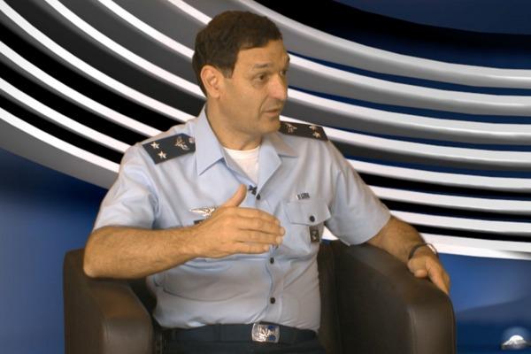 A COPAC é responsável pela coordenação e gerenciamento de projetos para o reaparelhamento da Força Aérea Brasileira (FAB).