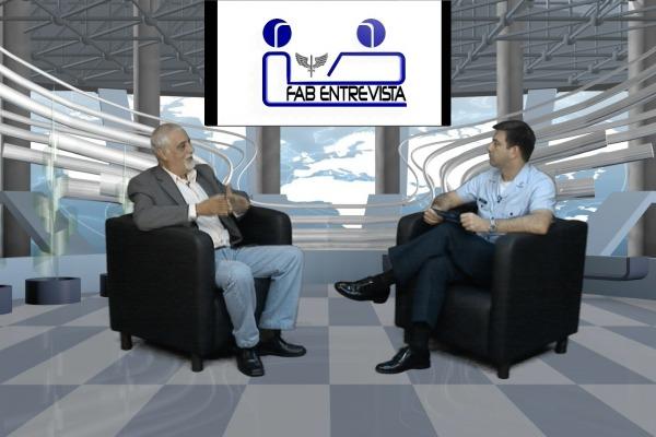 Francisco Ferro, editor-chefe da revista Tecnologia e Defesa, é o convidado do FAB Entrevista
