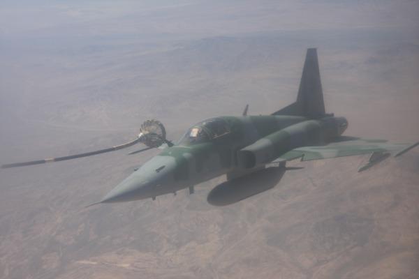 Um KC-130 da FAB transferiu mais de seis mil litros de querosene para aeronaves de combate
