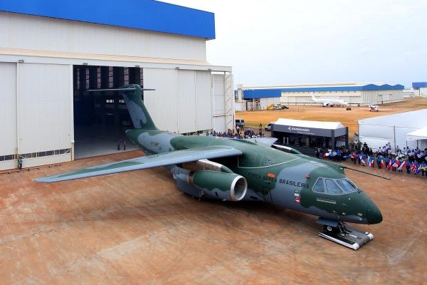 Aeronave desenvolvida pela Embraer é a maior e mais moderna já fabricada no Brasil
