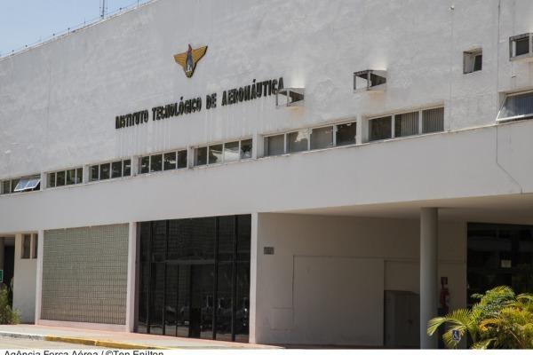 Candidatos convocados em primeira chamada deverão se apresentar no ITA em 18 de janeiro