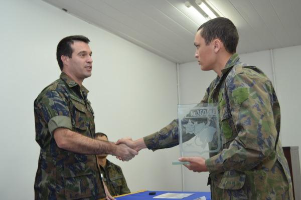 O estágio qualificou militares para atuar na atividade de reconhecimento de aeronaves hostis