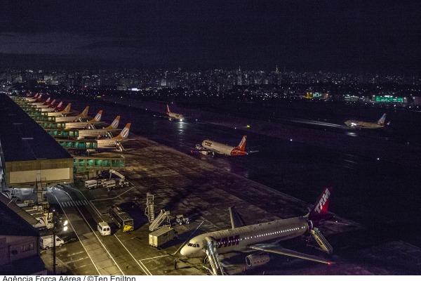 Medida reforça precauções com segurança de voo. Quem não cumprir pode ser multado