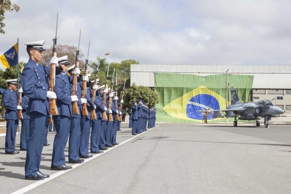 A cerimônia, presidida pelo Comandante da Aeronáutica, foi realizada na Base Aérea de Brasília (BABR)
