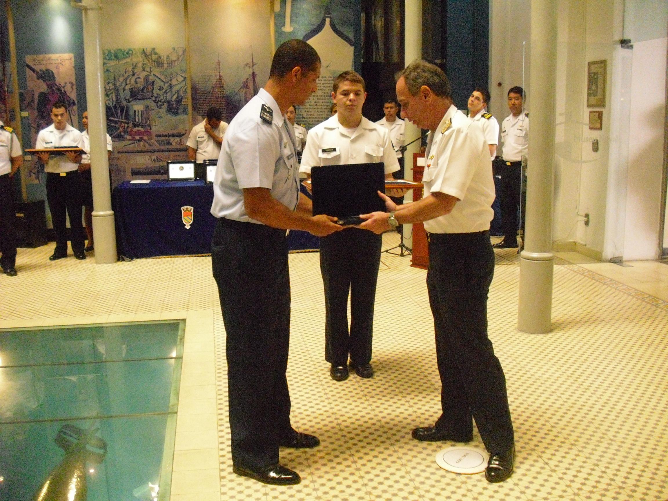 Esquadrão Orungan recebe prêmio Controle Naval de Tráfego Marítimo Cimg0244