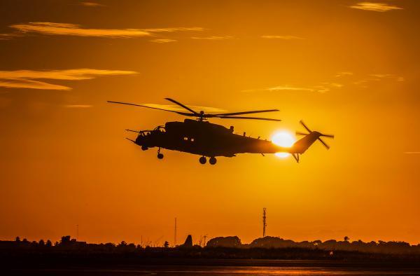 Desenvolvido a partir do Mi-24 russo, o AH-2 Sabre incorpora várias inovações tecnológicas
