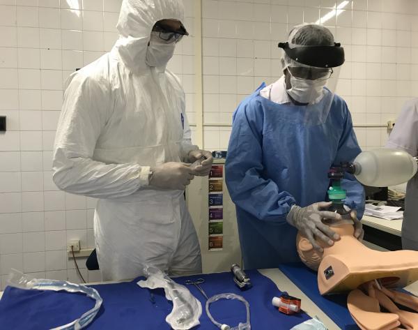 Treinamento capacitou os militares nas técnicas de entubação em pacientes com COVID-19