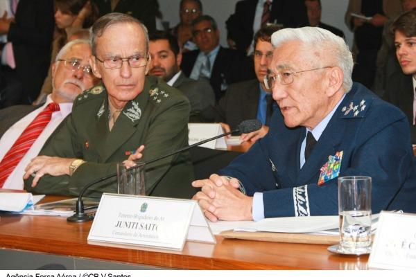 Comandantes do Exército e da Aeronáutica