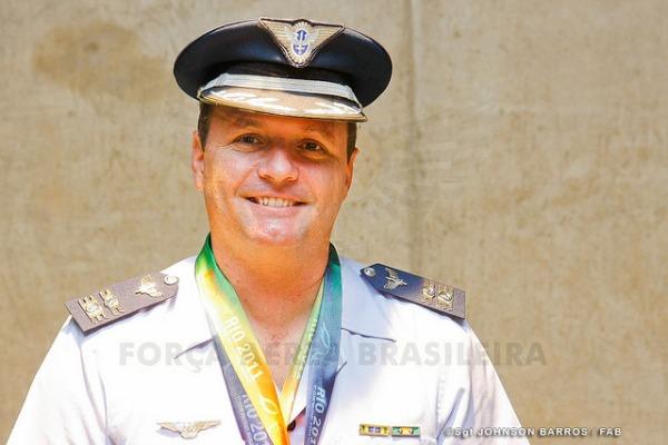 47c3c355a0 O Cel Julio faz parte do documentário Alvo Olímpico Agência Força Aérea Sgt  Rezende