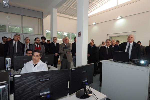 Vista Interna do Laboratório  IAE