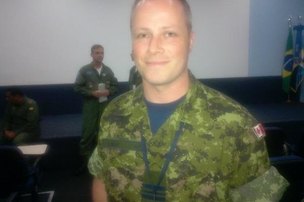 Major Steven Neta, da Real Força Aérea Canadense