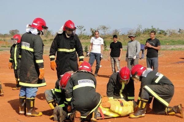 Combate ao fogo  Sargento L.COSTA/ PAMALS
