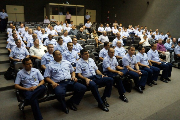 Aproximadamente 100 profissionais participaram do evento em Recife  II COMAR
