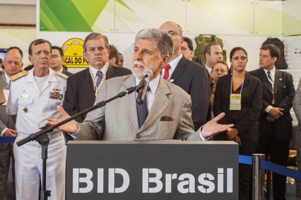 Ministro da Defesa, Celso Amorim, destacou o valor da indústria de defesa nacion  Sargento V. Santos/Agência Força Aérea
