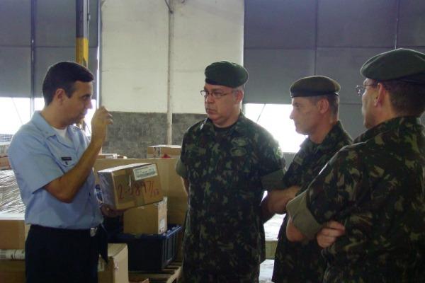EB conhece despacho aduaneiro feito por CTLA  S1 J. Eduardo