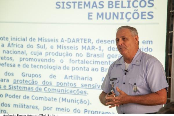 Brig Franciscangelis, secretário de Economia e Finanças da FAB em explanação  Agência Força Aérea/Sargento Batista