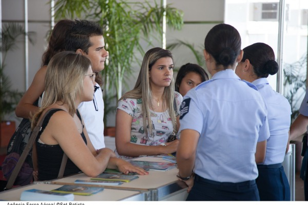 Mais de 200 mil pessoas devem passar pela feira  Sargento Batista/Agência Força Aérea