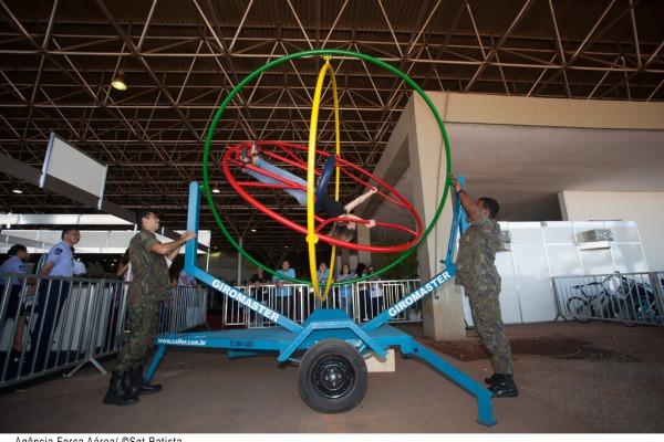 Girotec é uma das atrações do estande da FAB  Sargento Batista/Agência Força Aérea
