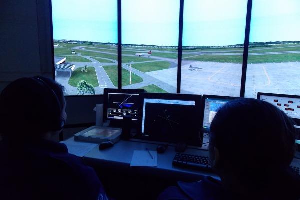 A visualização do operador na Torre de Controle  Ten Rugart