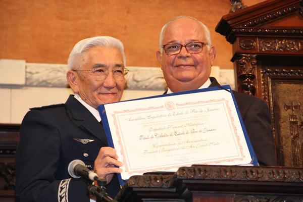 Comandante da Aeronáutica é homenageado com o título de Cidadão do Estado do RJ  Sgt Marllon/BAGL