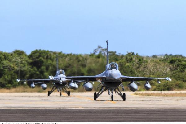 Aeronaves de caça F-16 americanas chegaram no sábado  Agência Força Aérea/Sgt Rezende