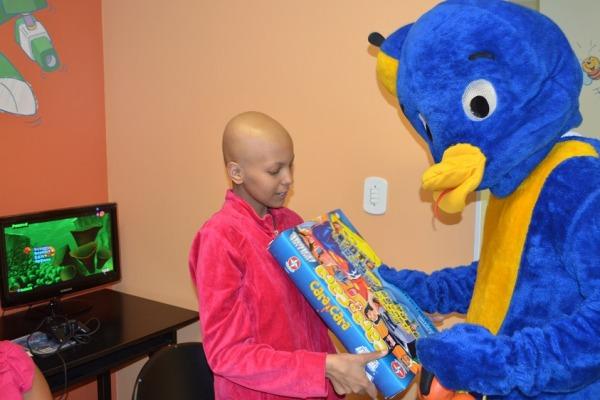 Crianças receberam brinquedos doados pela campanha do Cenipa  Sargento Flávio/Cenipa