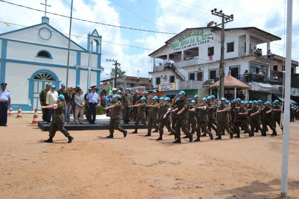 Ação Cívico-Social no interior do Pará  Soldado P.Feitosa/I COMAR