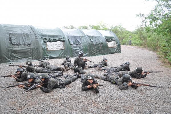 550 recrutas participam de acampamento no Rio de Janeiro  COMAR III
