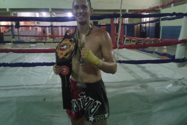 S2 Parker - Campeão Carioca de Muay Thai  CDA