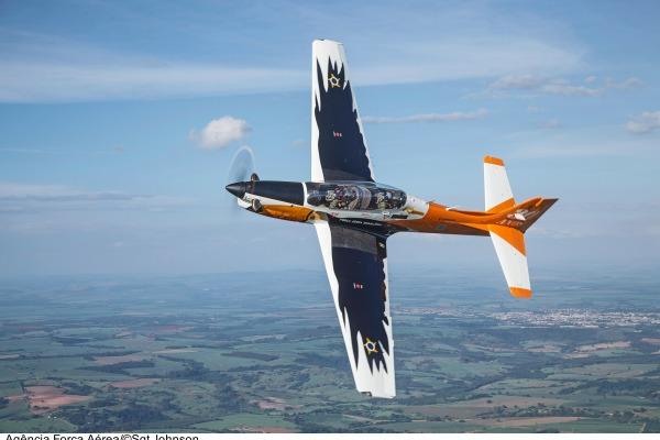 T-27 é utilizado para instrução aos cadetes da AFA  Johnson Barros/Agência Força Aérea