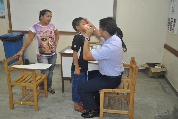 Para muitas crianças esta foi a primeira consulta com o pediatra  Ten Lorena/VII COMAR