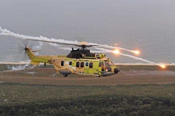 COPAC reconhece a transferência de tecnologia do helicóptero EC725  COPAC