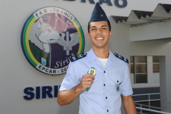 Lucas levou o bronze na olimpíada iberoamericana de biologia  Ten. Eduardo/EPCAR