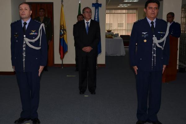 A Adidância Aeronáutica do Brasil no Equador realiza passagem de cargo  Adidância do Equador