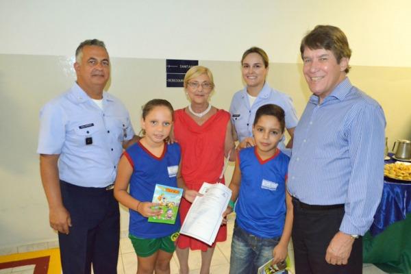 O projeto Segundo Tempo é uma parceria dos Ministérios da Defesa e do Esporte  Cabo Edson/ EEAR