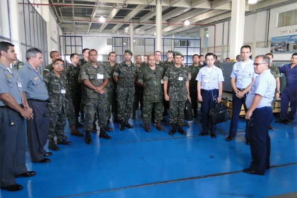 Militares do CCOPAB recebem instrução no CTLA  2S BFT Israel Almeida