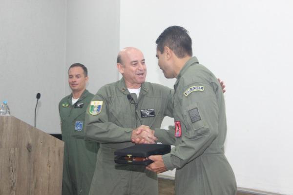 Chefe de Operações Conjuntas da Defesa falou aos participantes do curso de tátic  S2 Canário/GITE