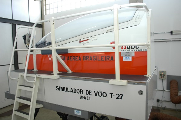Únicos na América Latina, simuladores atendem cadetes brasileiros e militares de forças aéreas de países vizinhos