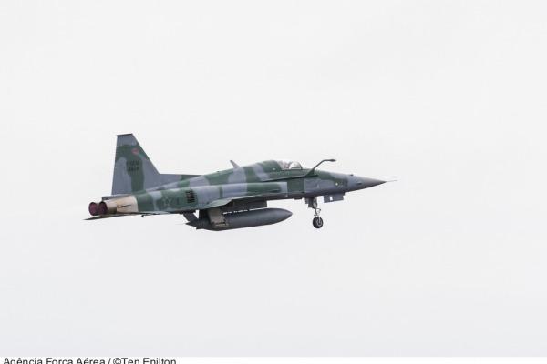Avião de caça supersônico F-5M  Arquivo Agência Força Aérea/Ten. Enilton