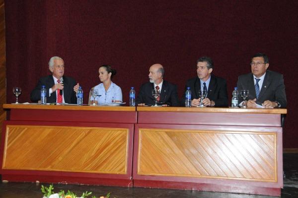 Mais de 260 participantes discutiram diferentes aspectos do poder aeroespacial e da defesa nacional