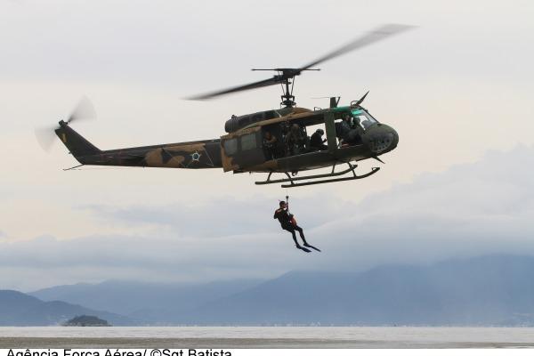 O treinamento de busca e salvamento coordenado pelo Departamento de Controle do Espaço Aéreo conta com a participação de mais de 300 militares