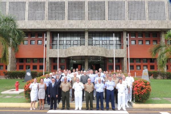 13ª REPID_ Visitantes no Centro Técnico  Sd 2ª Classe Gilberto/ CLA