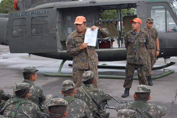 64 militares foram capacitados em operações com helicópteros