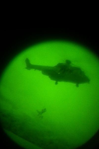 O treinamento habilitou os militares do 1º/8º GAv na utilização do NVG em operações de Busca e Salvamento