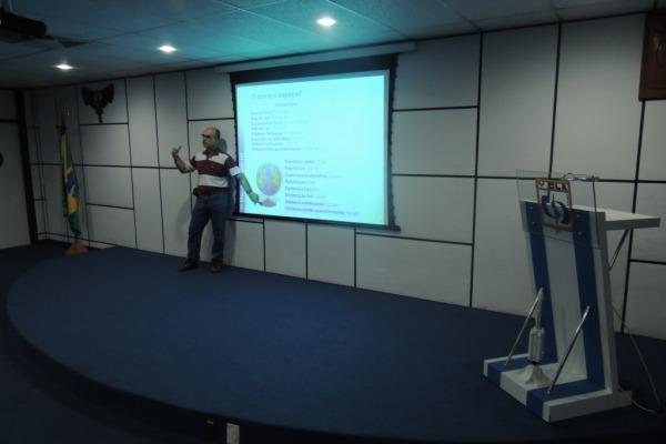 Programa Microgravidade (O Mundo Espacial)  Cb Monteles/ CLA