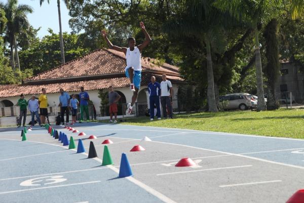 Parceria com Comitê Olímpico Brasileiro prevê medidas e estratégias que visam a conquista de medalhas nas Olimpíadas de 2016