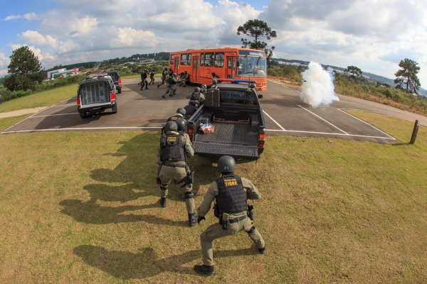 O exercício de adestramento aconteceu em Curitiba e contou com a participação de diversas agências