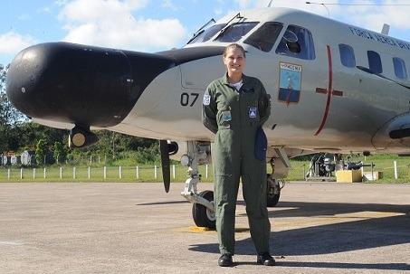 Sgt. Thaís na no P-95B  SO Seelig